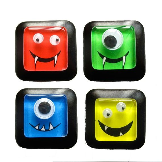 These would be perfect for Jaxon's bathroom. (drawer pulls)