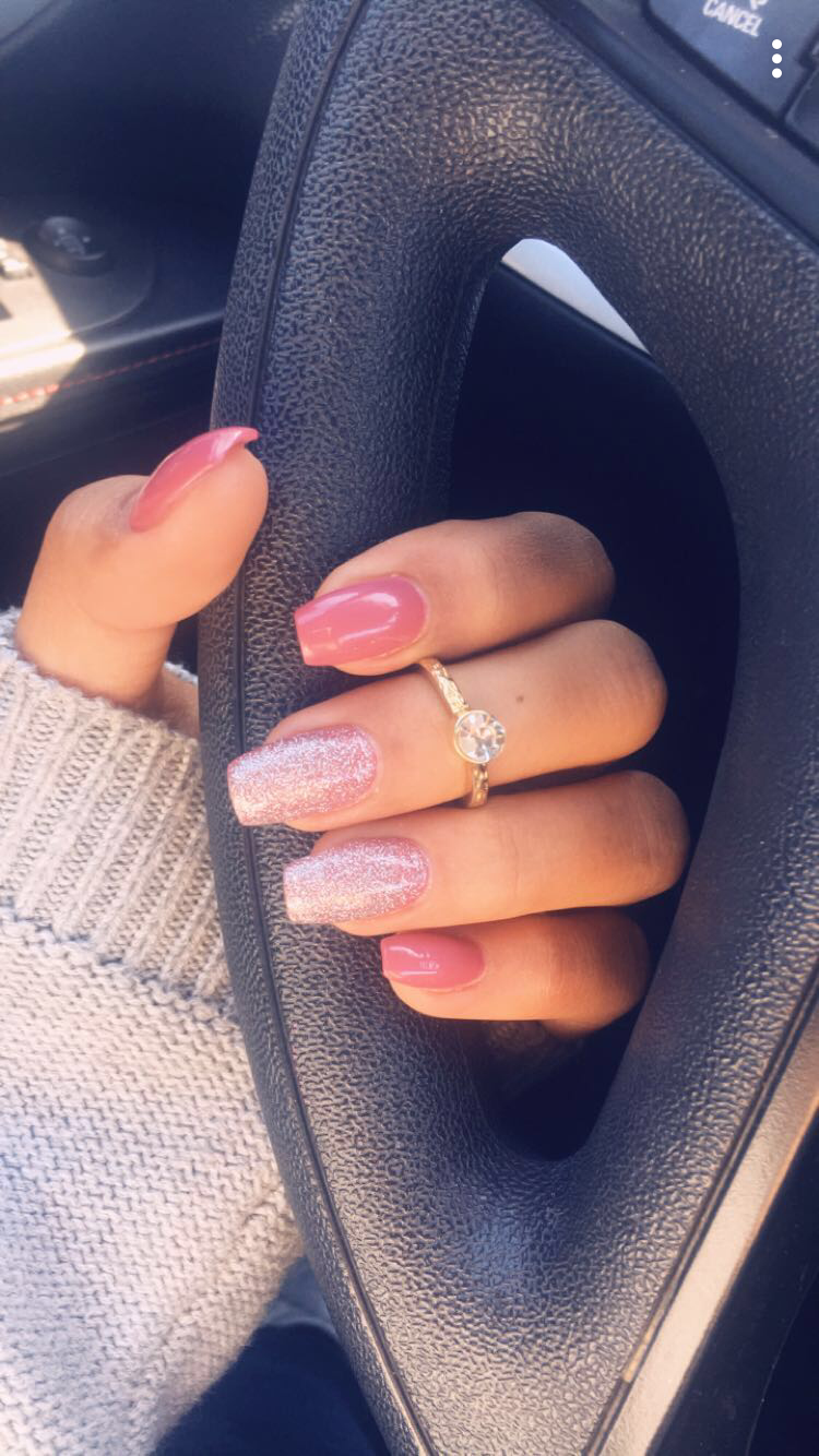 Coffin Nails Pink Nude w/ Glitter Accents #nails #coffin | Nails ...