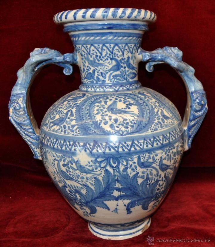 Gran jarr n en cer mica de talavera azul principios del for Ceramica talavera madrid