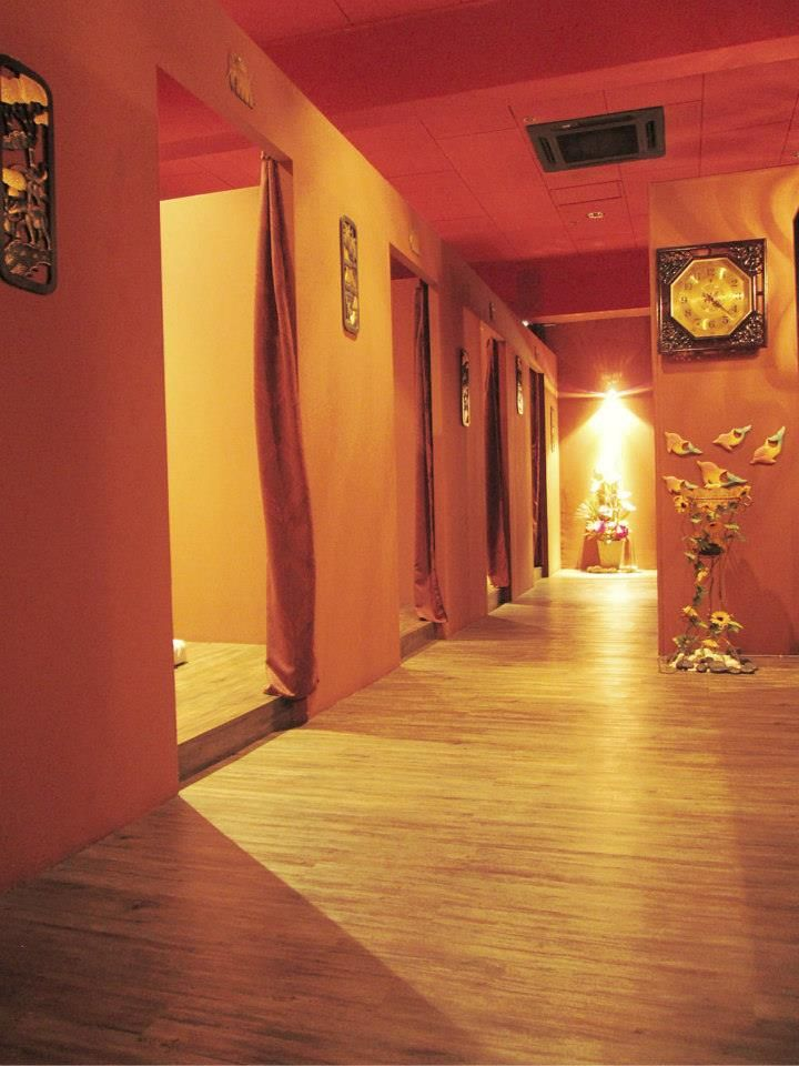 Zhi Zu Reflexology Therapy Centre 知足泰式古方按摩 Thai