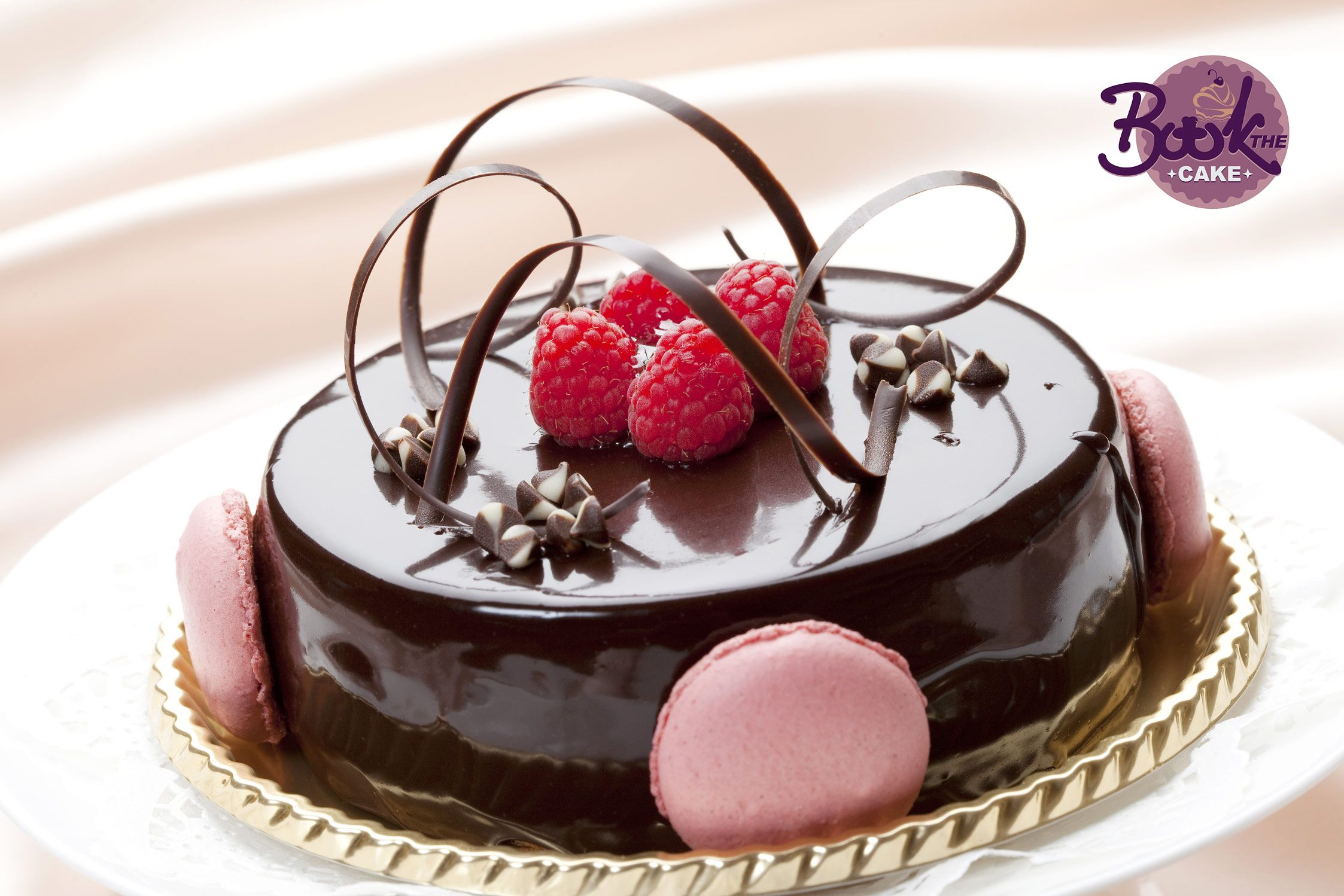 Cakes online in hyderabad for surprising your special