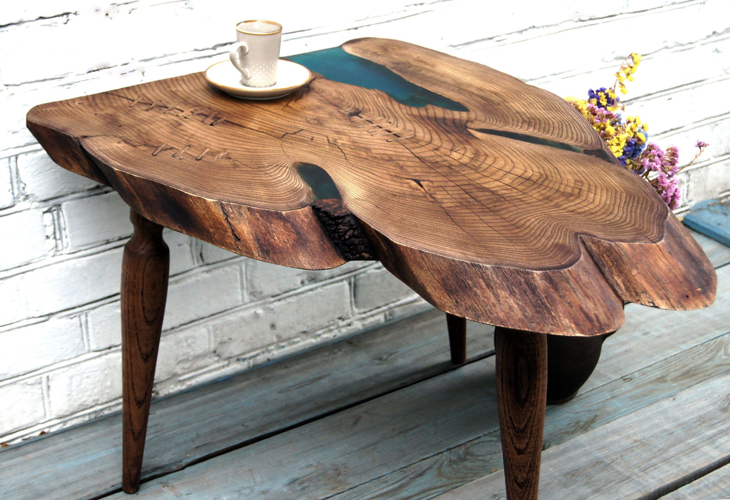 Pin By Frank Verhaelen On Tische Live Edge Wood Wood Table Wood Table Design
