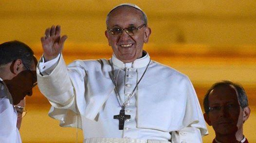 """TWEET DI PAPA FRANCESCO  Nel primo anniversario della sua elezione, Papa Francesco ha lanciato questo tweet:  """"Pregate per me""""."""