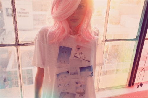 Pink Hair spam 9 (credit to http://molly-moston.tumblr.com/)