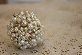 Do it yourself divas diy pearl ornament christmas pinterest do it yourself divas diy pearl ornament solutioingenieria Image collections