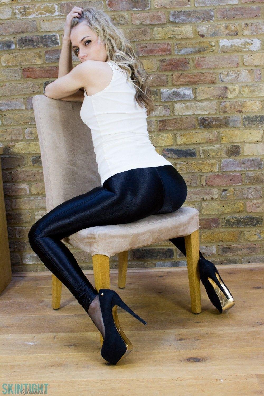 High heels tgp