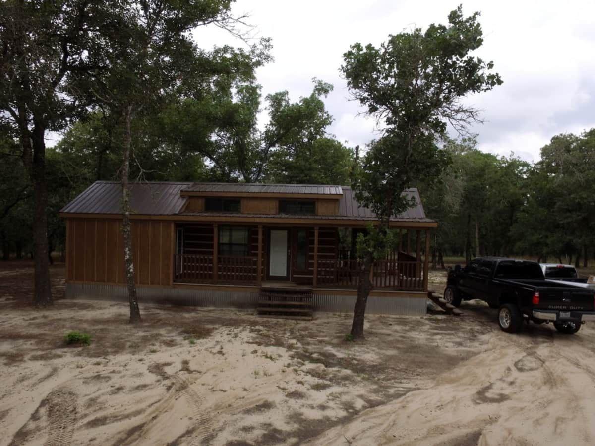 2015 park model tiny house for sale in la vernia texas