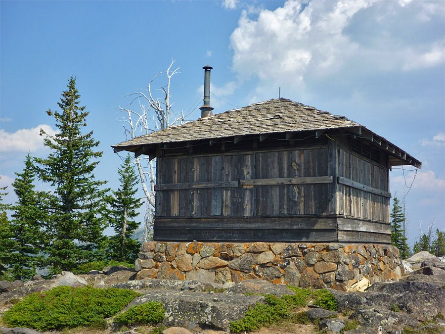 Fire lookout towers google search fire lookout towers for Fire tower plans