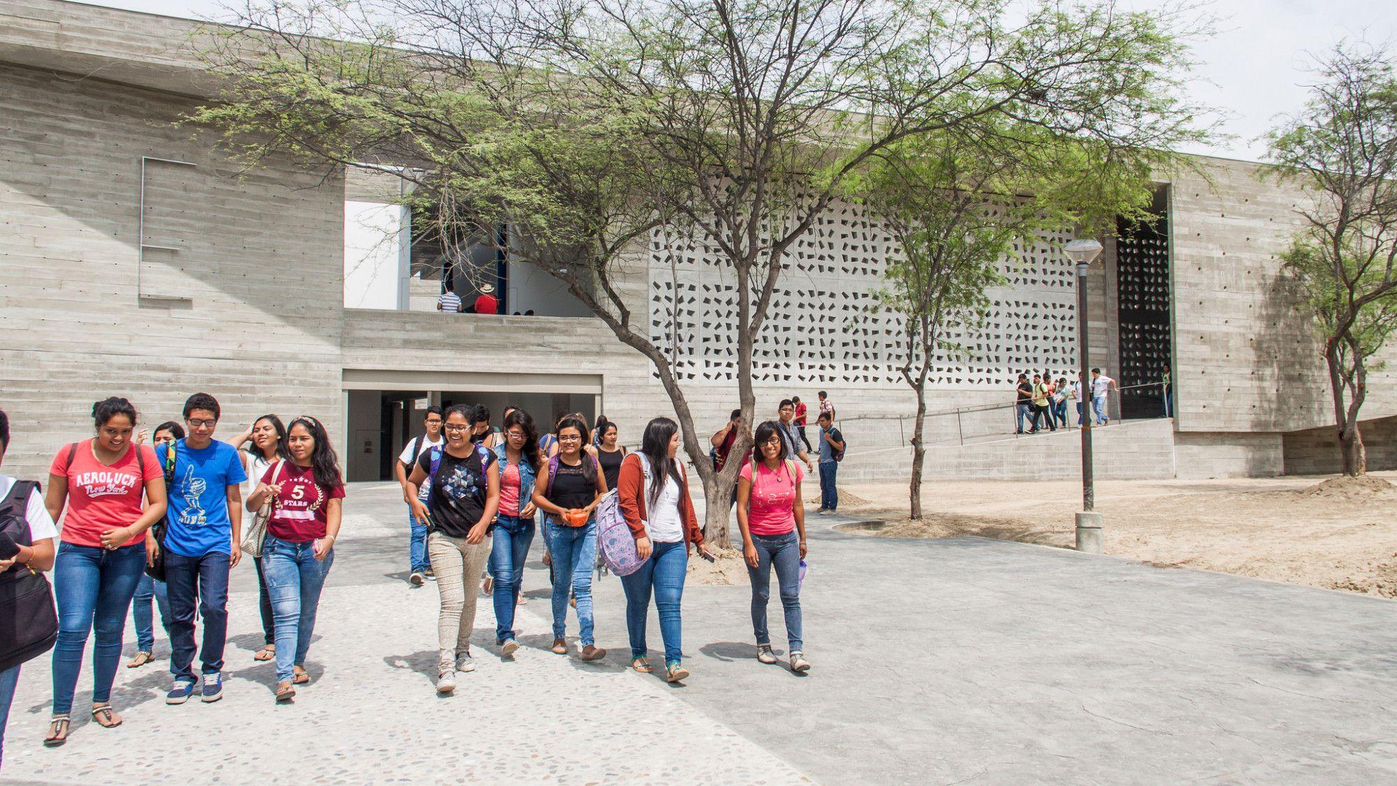 Universidad César Vallejo y Alas Peruanas son las que