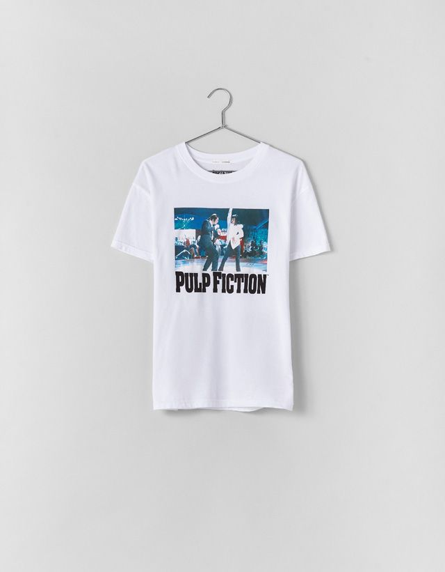 6bdcf82e7 Pulp Fiction T-shirt - Bershka #fashion #product #printed #print #estampado  #licencias #brands #collaborations #pop #popculture #movies #music #trend  ...