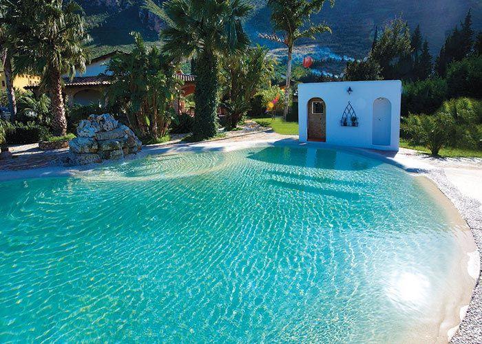 Lagos artificiales dise o pool landscaping luxury for Como construir un lago artificial