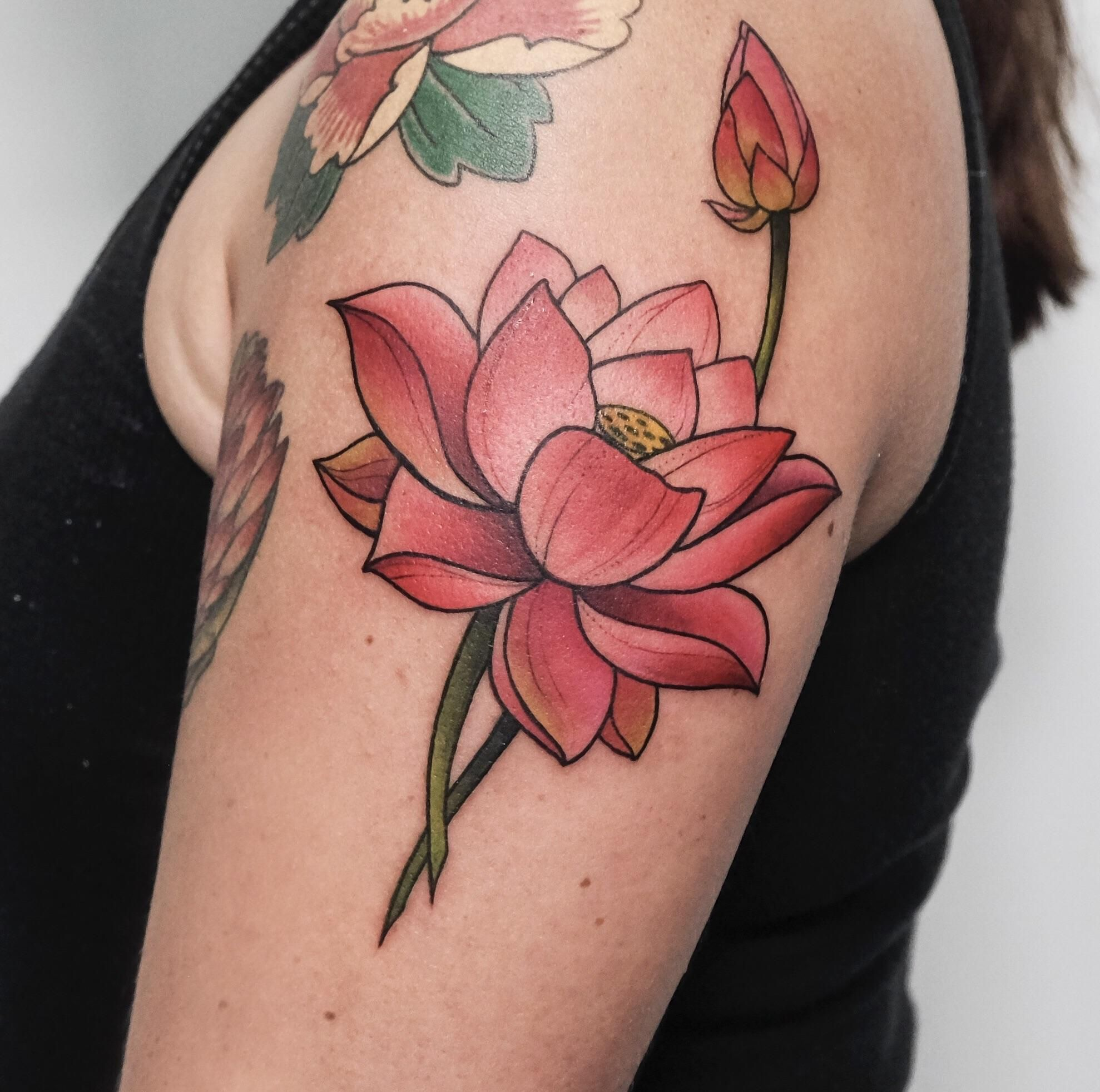 Lotus Flower By Tata At Recycle Tattoo In Ho Chi Minh City Vietnam In 2020 Vietnam Tattoo Tattoos R Tattoo