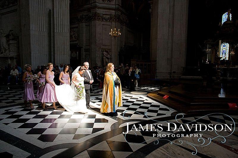 Google Image Result for http://www.jamesdavidson.co.uk/jdp/wp-content/uploads/2008/07/st-pauls-cathedral-wedding-photographer-01.jpg