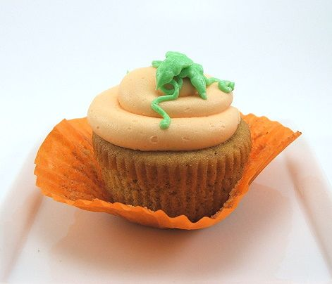 Pumpkin Cupcake by EvilShenanigans, via Flickr