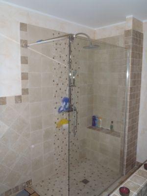 Doccia in muratura cerca con google bathroom pinterest - Doccia con seduta ...