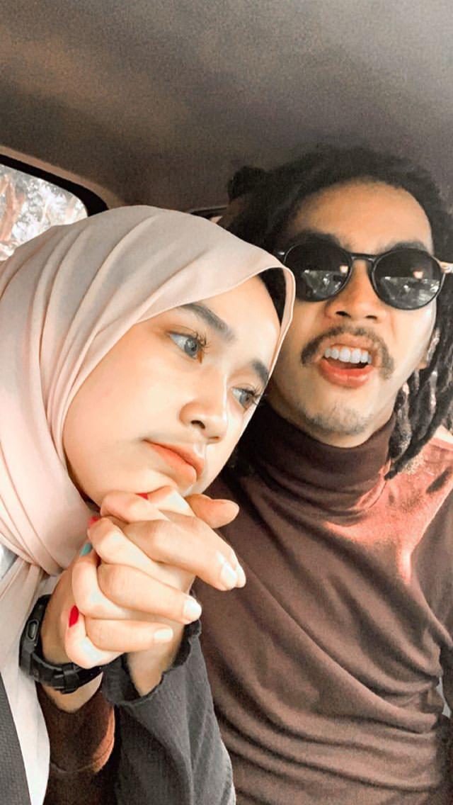 Ootd Outfits Ootdfashion Ootdhijab Outfits Outfitoftheday Outfitinspiration Outfitscasuales Hijabfashion Hijabst Ekspresi Wajah Fotografi Hujan Orang