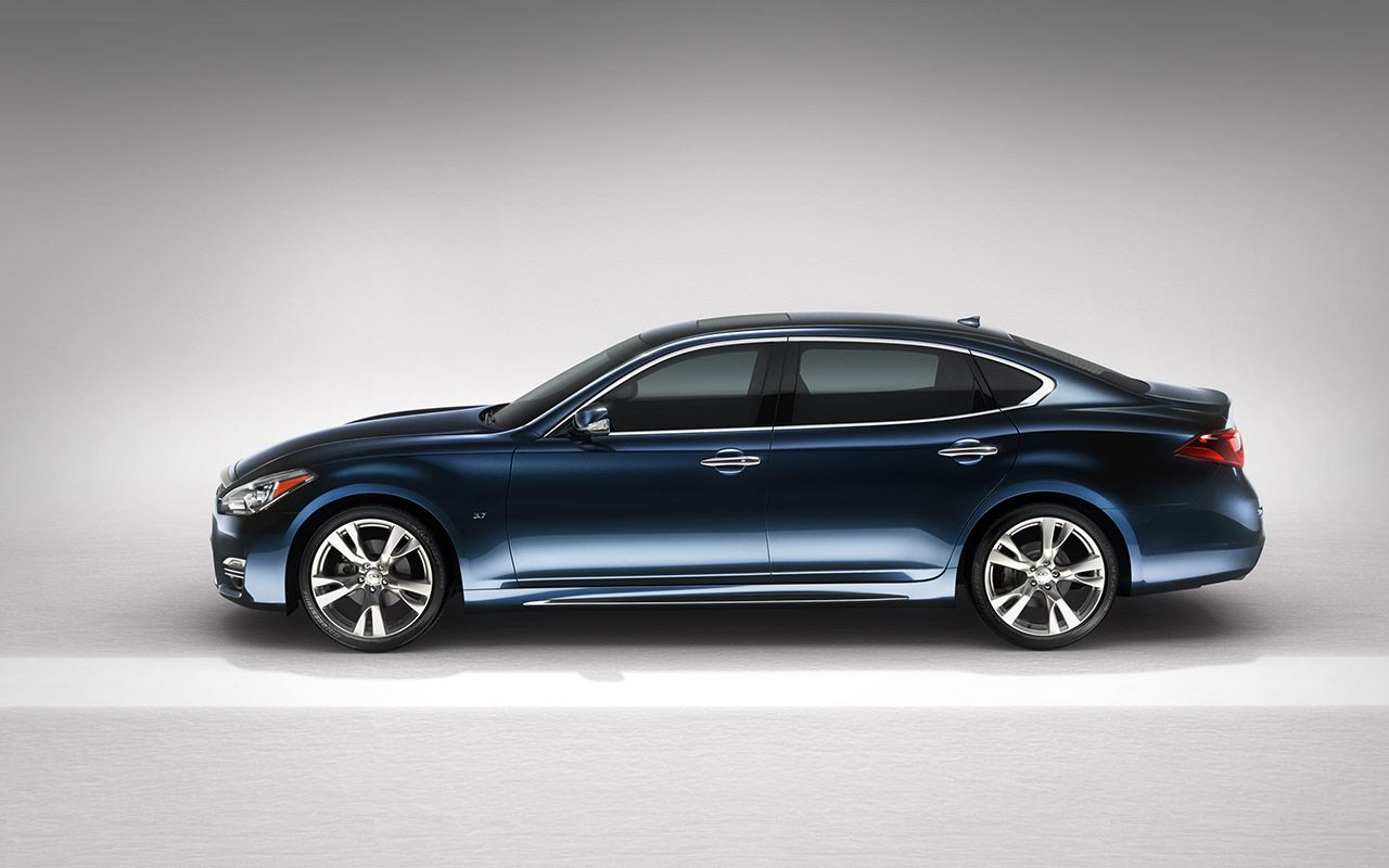 2015 Infiniti Q70 Sedan In Hermosa Blue Luxury Sedan Infiniti