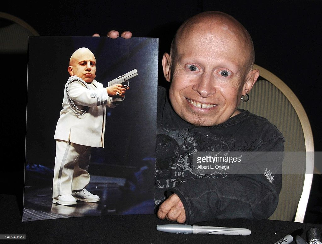 Verne Troyer Dies At 49 Online Dating Advice Dating Tips For