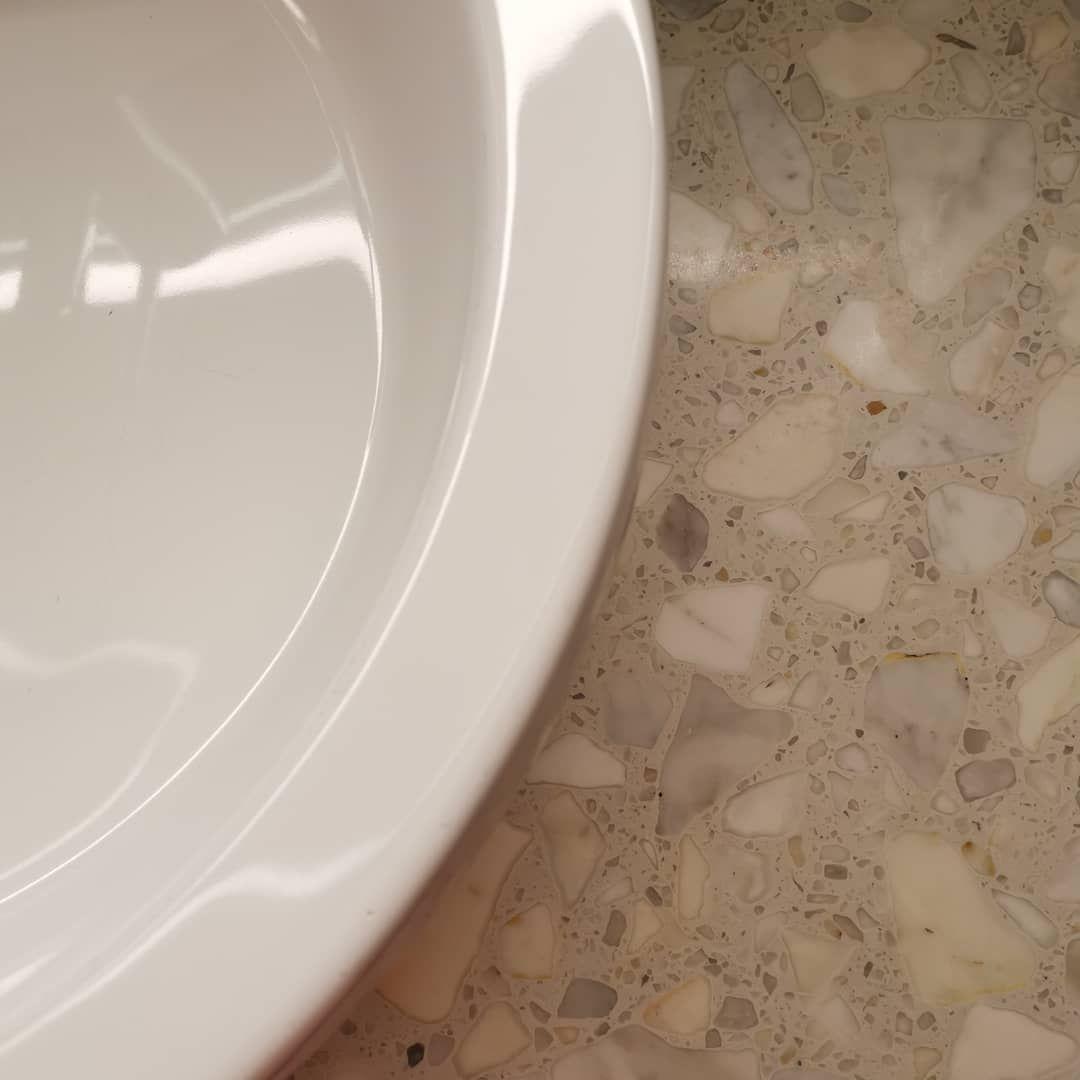 Photo of Terrazzo ? . . . #terrazzo #bathroom #bathroomdesign #hotel #hotelinterior