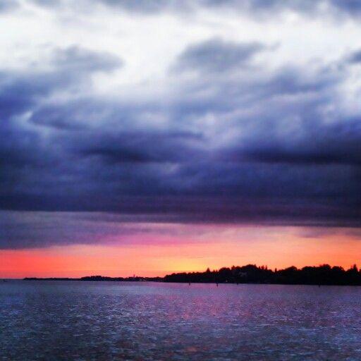 Abendstimmung am Bodensee | Sonne, Wind und Wetter | Pinterest