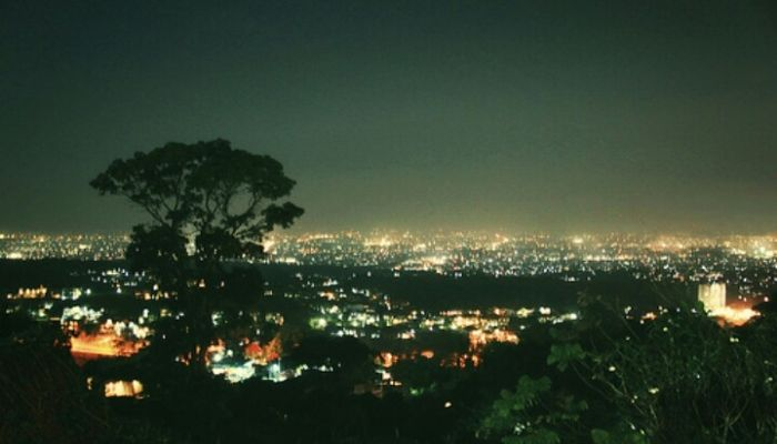 Pemandangan Malam Hari Di Punclut Foto Wisata Pemandangan Malam
