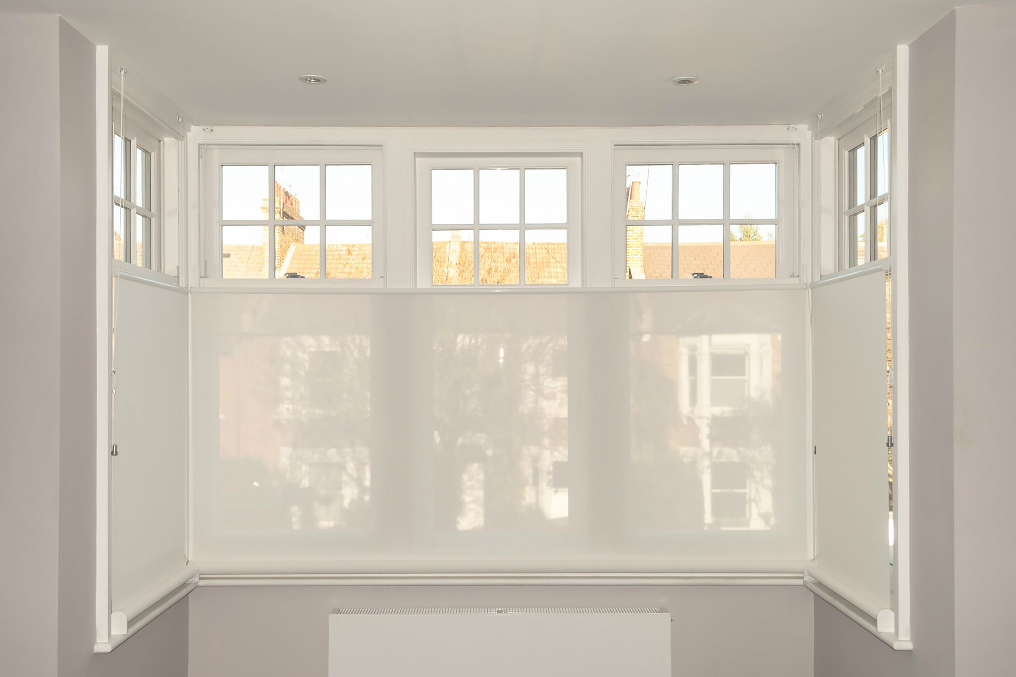 Sunscreen Roller Blinds Bay Window Bottom Up Blinds Chiswick Bay Window Blinds Window Roller Blinds Blinds For Windows
