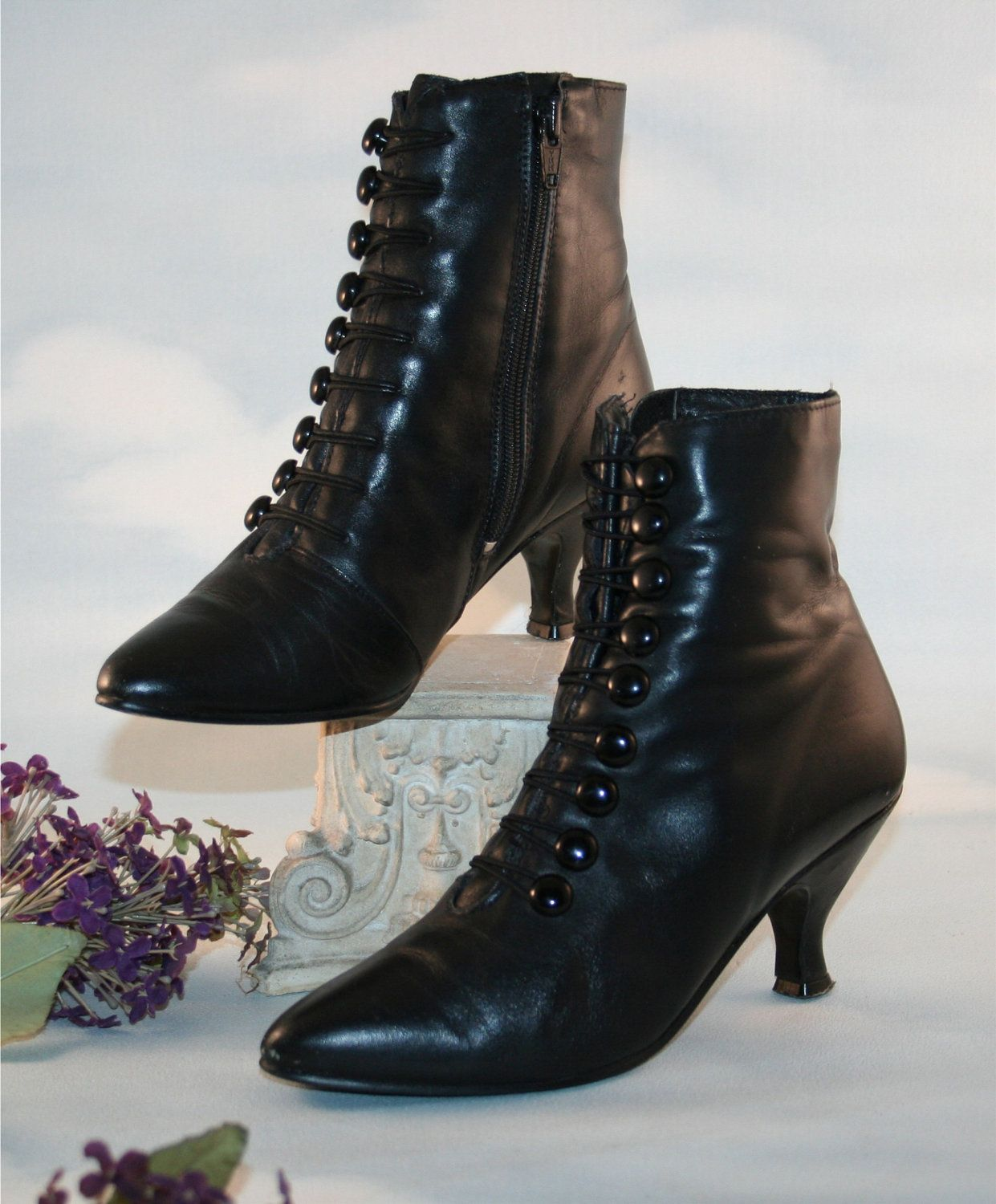 36c8cda63a098c Boots Pagan Wicca Witch  Vintage Victorian Gaslight Romantic Black Leather  Button-Up Witch Boots.