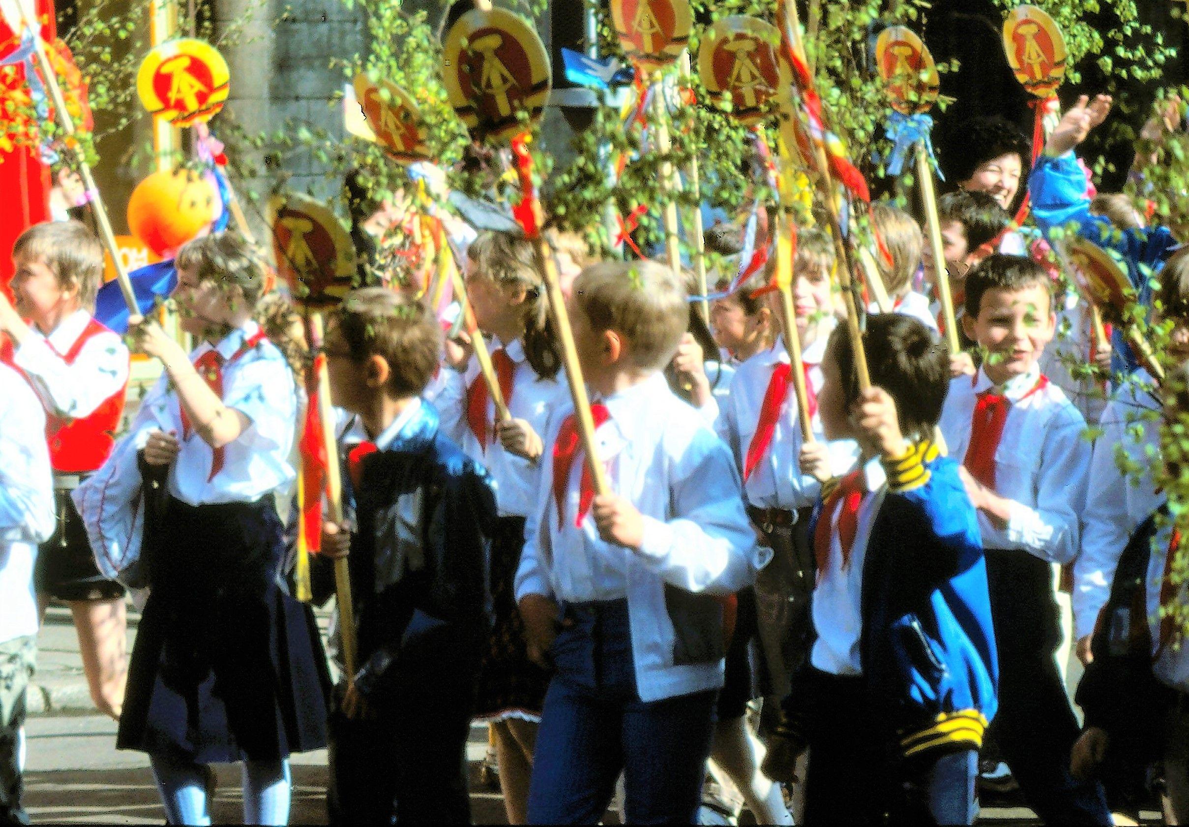 Thälmannpioniere,Jungpioniere,DDR Kinder,Freie-Deutsche-Jugend,DDR ...