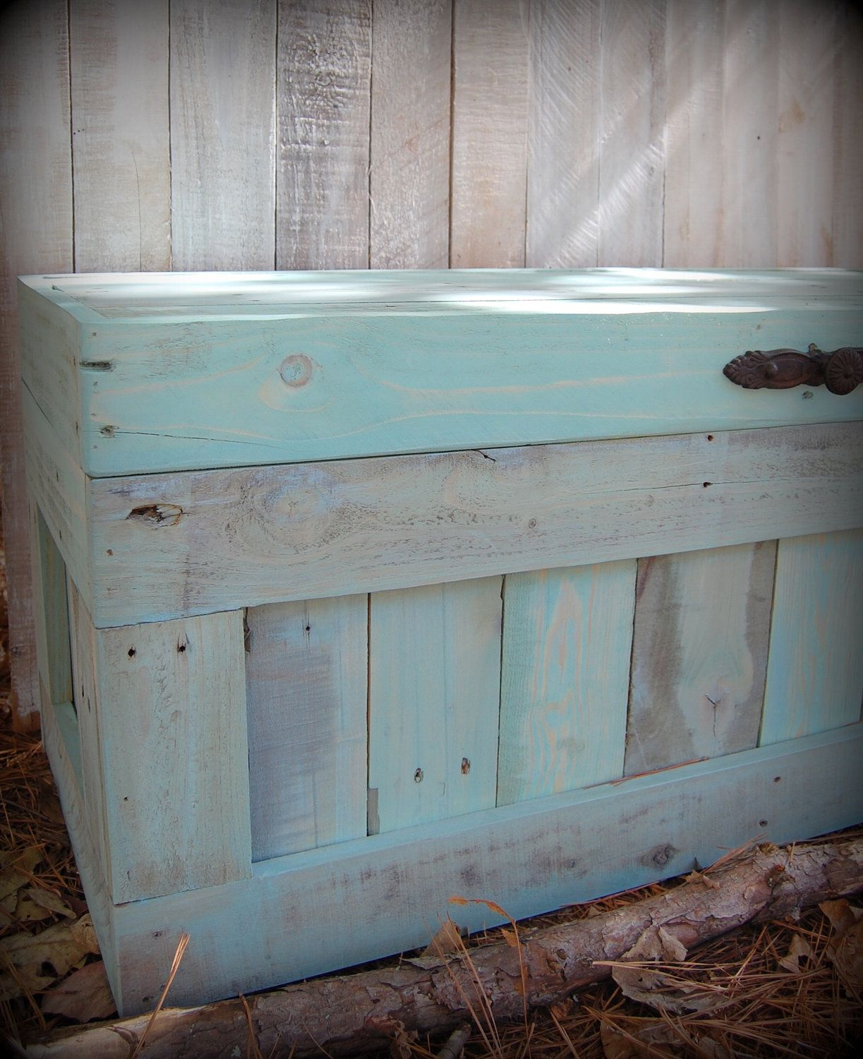 Large Turquoise Hope Chest/Coffee Table/End Of The Bed Bench /Storage.