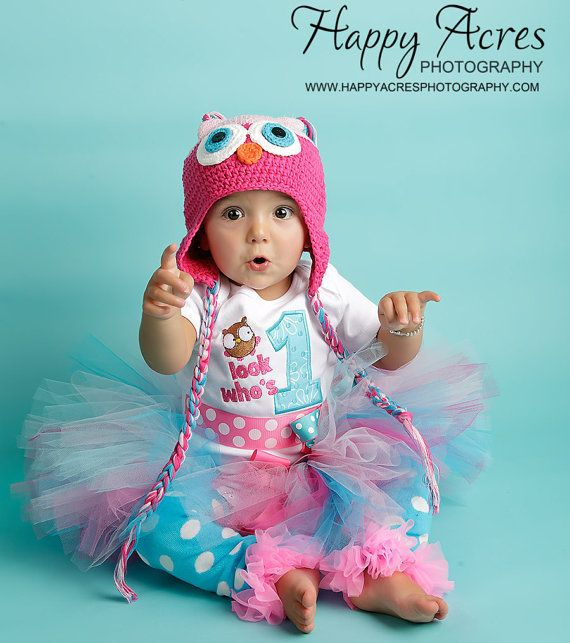 First Birthday Girl Outfit, Owl, Hoot, Bodysuit. $32.50, via Etsy.