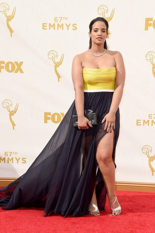 Dascha Polanco at the 2015 Emmys. #fashion