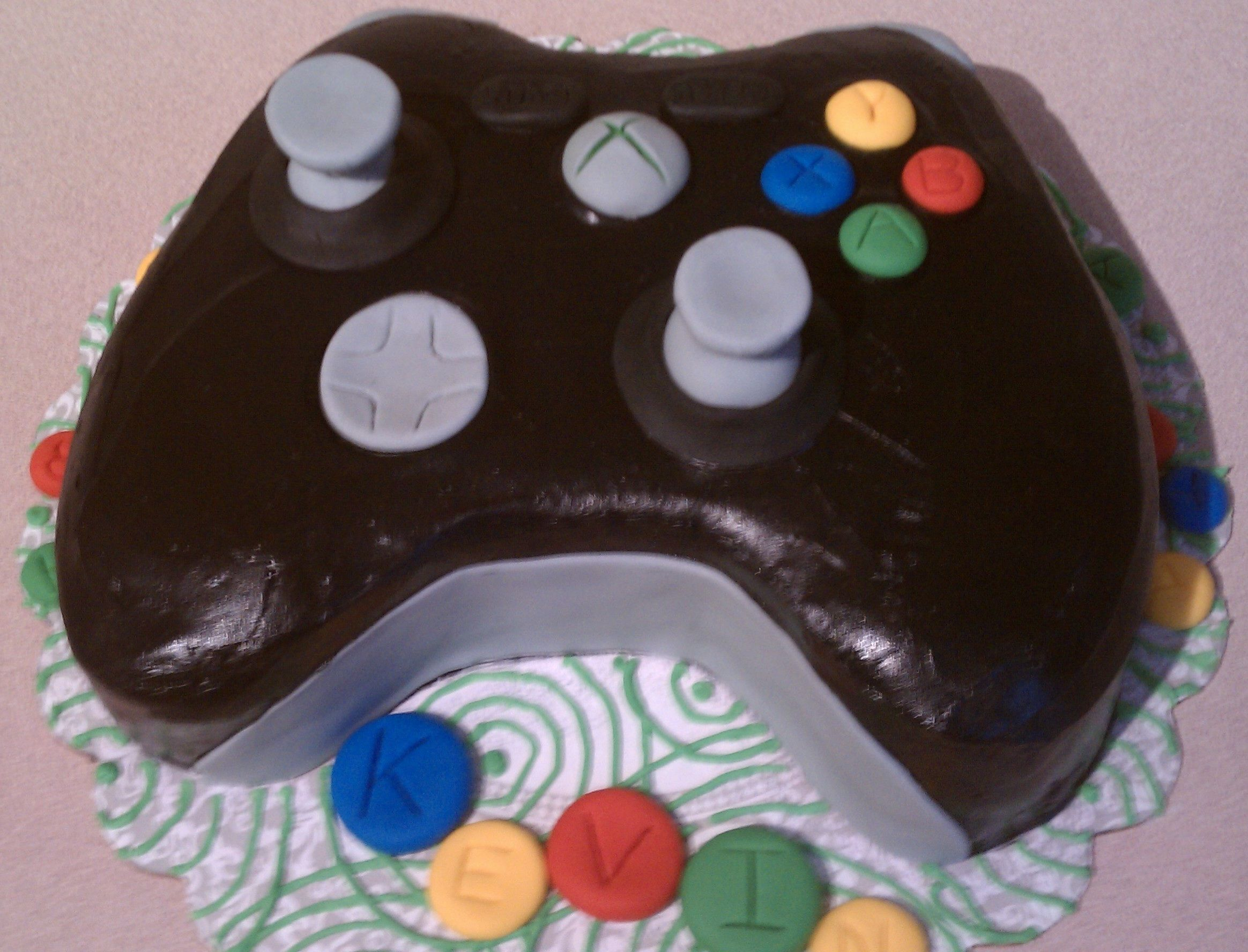 xbox 360 controller cake only the accents are fondant. Black Bedroom Furniture Sets. Home Design Ideas