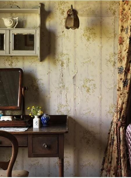 vintage and worn wallpaper