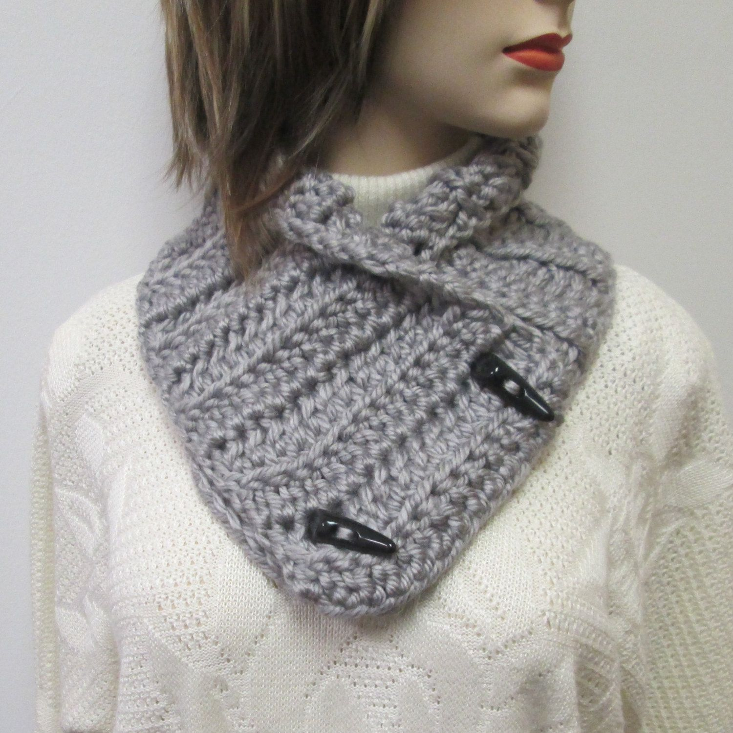 Gray Chunky Scarf, Winter Womans Scarves, Gray Knit Scarf, Fall Scarf, Fall Crochet Scarves, Warm Winter Scarf, Womans Knit Scarf by CeciliaAnnDesigns on Etsy