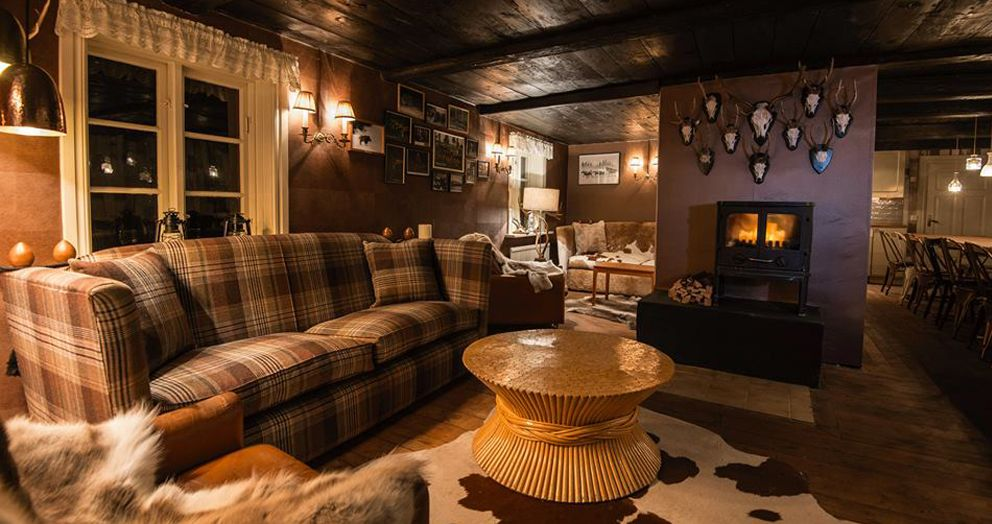 Absolut Elyx Hunting Lodge   Shaun Clarkson ID   Interior Design U0026  Consultancy