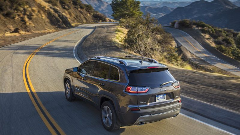 Jeep Cherokee Named A Top Safety Pick By Iihs Jeep Cherokee
