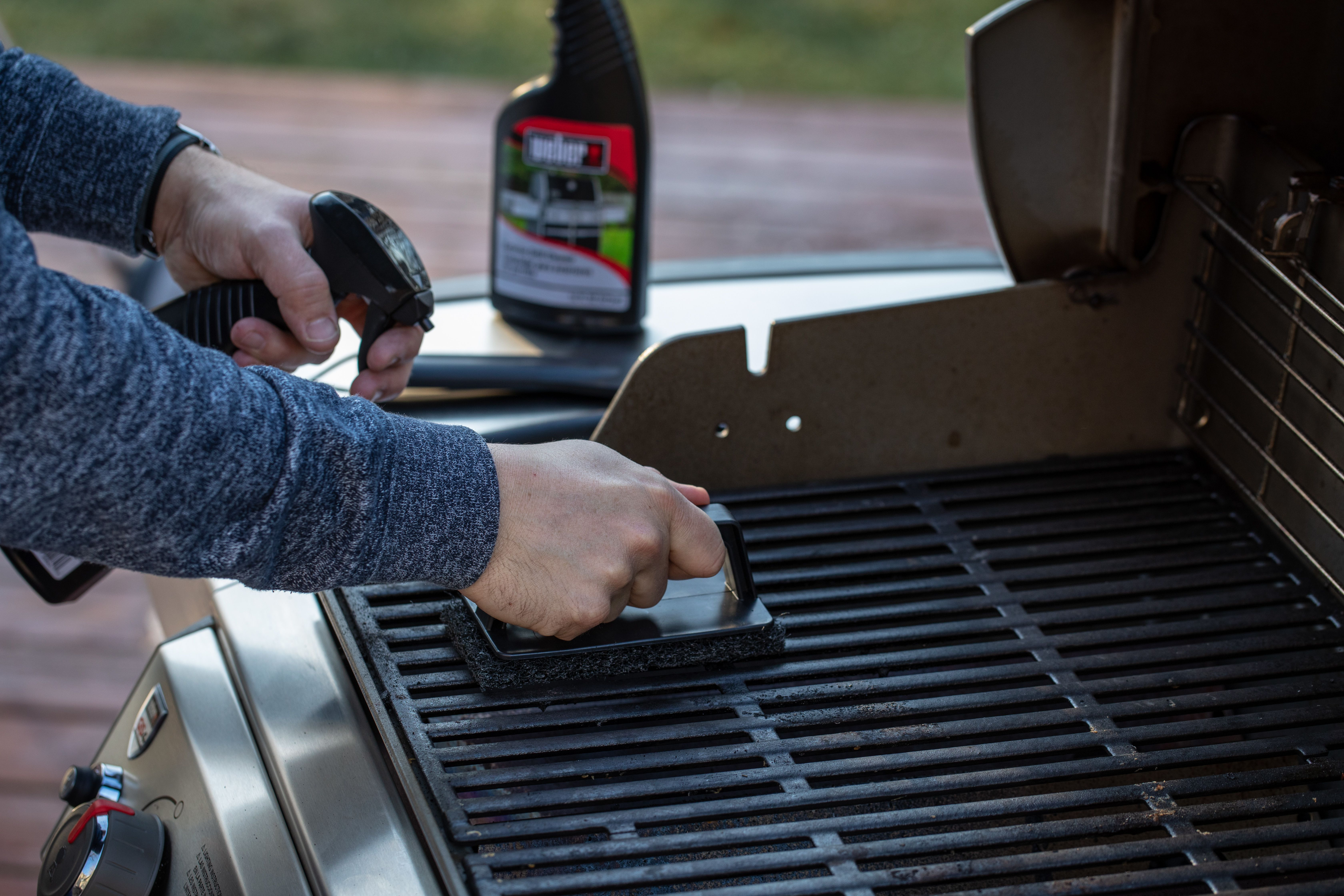 Fall Grilling Cleaning Tips Tips Techniques Weber Grills Cleaning Hacks Clean Grill Fall Grilling