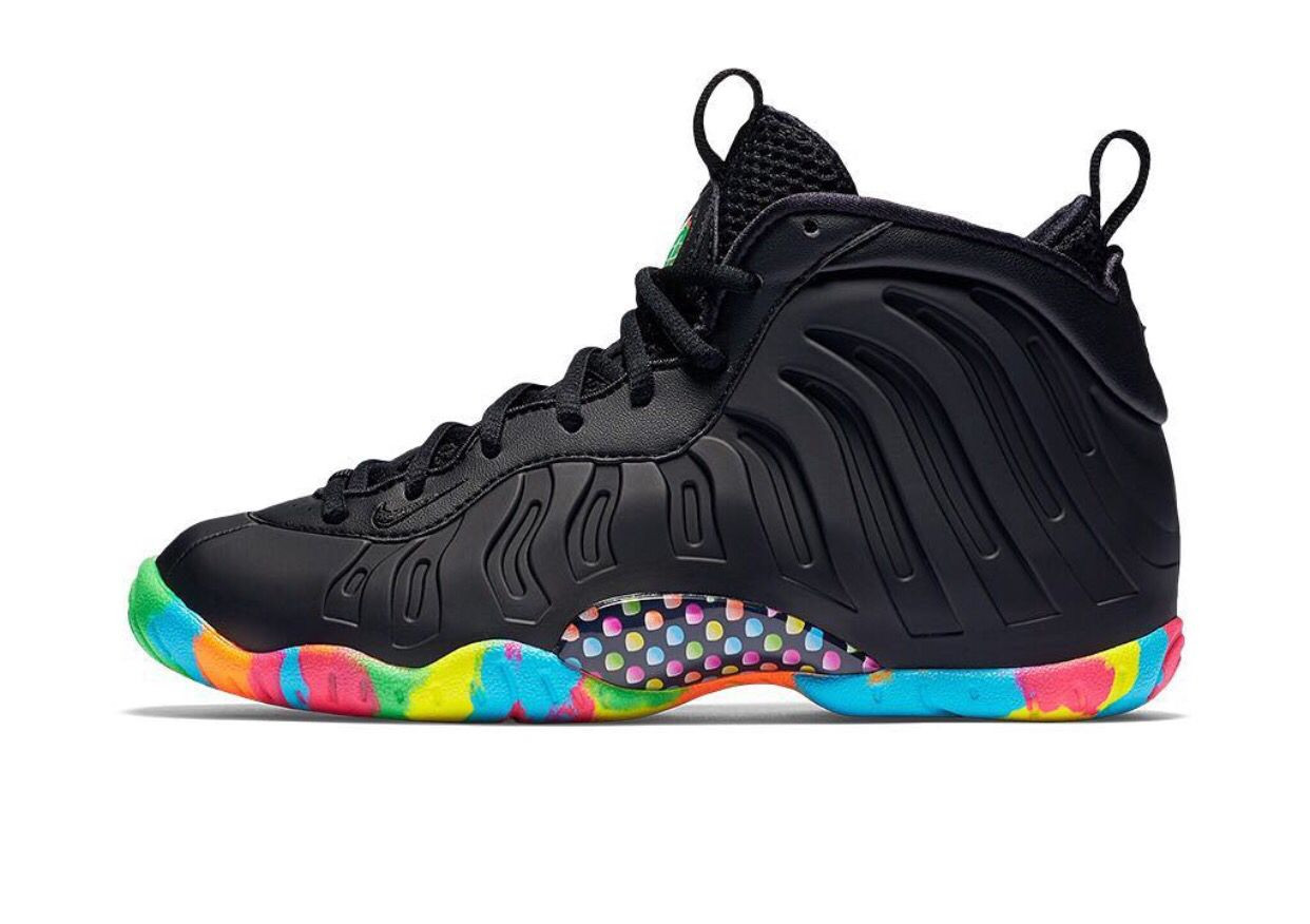 Nike Air Foamposite One Abalone Hoodie SneakerFits.com