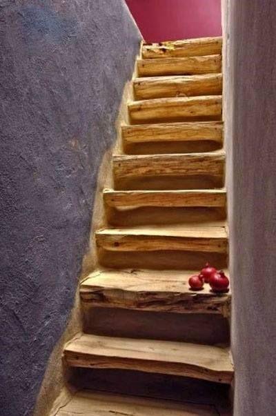 Cob and Wood Stairs / Scale di Legno nella Casa Naturale | Escaleras ...