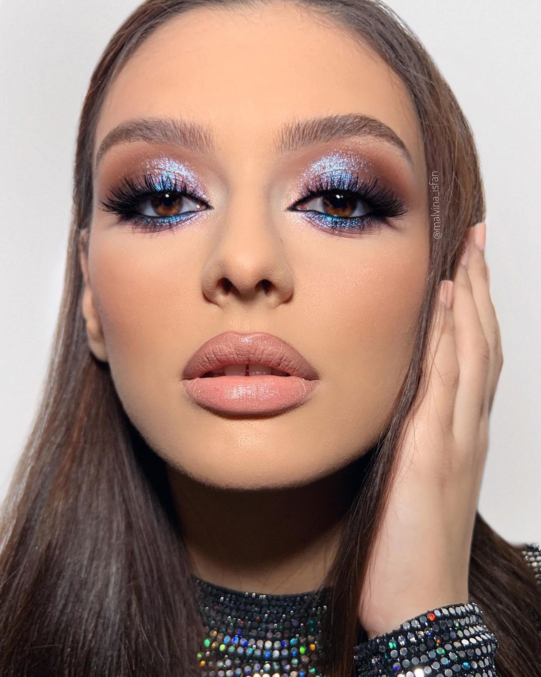 """Malvina Ișfan Makeup Artist on Instagram: """"I am completely moved by a beautiful blue so I always enjoy doing blue makeup looks. Sometimes girls feel intimidated by the idea but I…"""""""