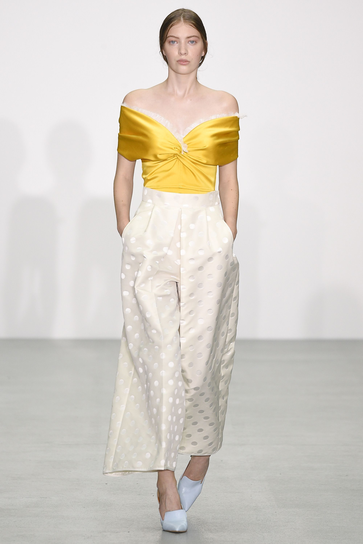 Morena de la emilio spring runway advise dress in winter in 2019
