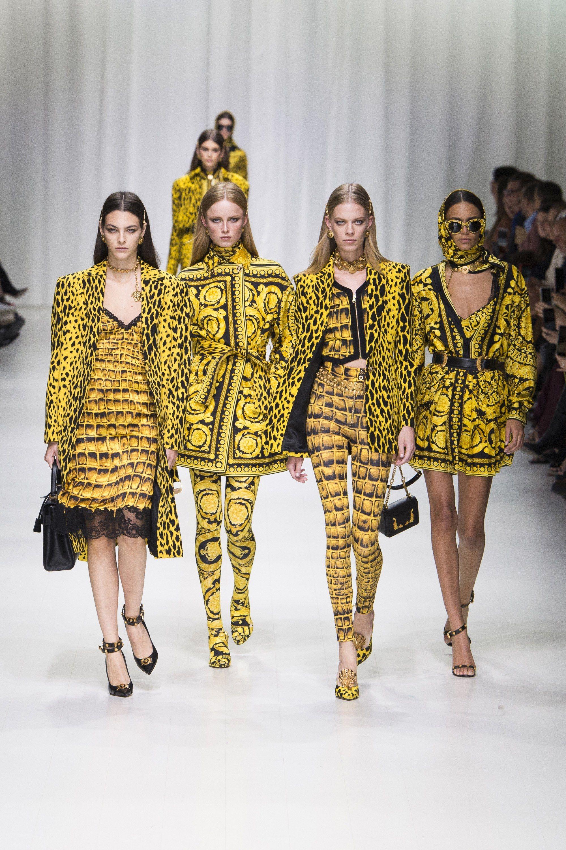 Versace Spring 2018 ReadytoWear Fashion Show Fashion