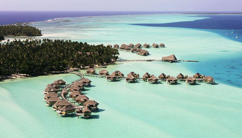 Overwater bungalows, Palm Tree Hammocks, White Sand... Caribbean islands