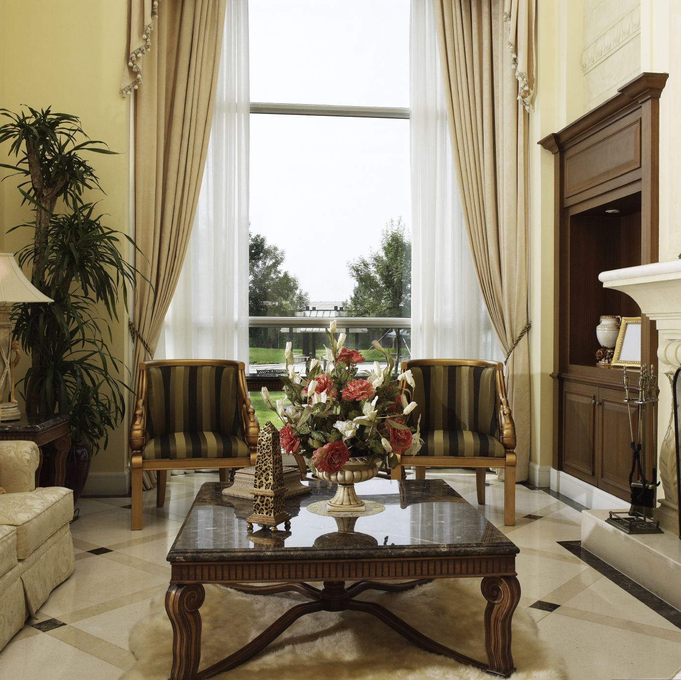 Elegant Contemporary Living Room Furniture: 36 Elegant Living Rooms That Are Richly Furnished
