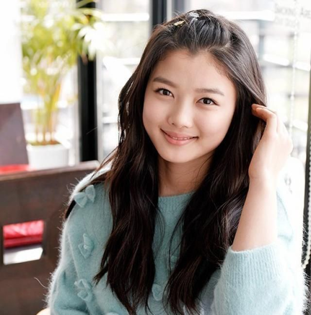 Child Star Kim Yoo Jung Spreads Smiles With Her Happy Song For Charity Http Www Kpopstarz Com Articles 142058 20141126 Kim Yoo Jung Kim Korean Celebrities