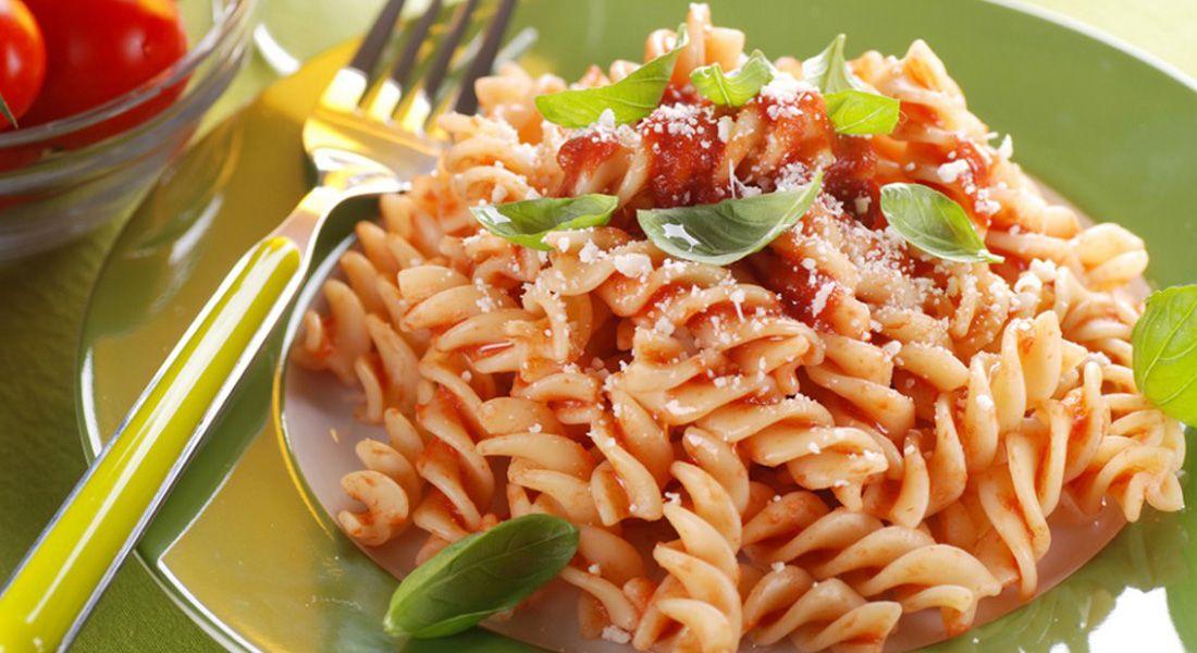 Ricette Verdure Nascoste.Pasta Con Sugo Di Verdure Nascoste Ricette Light Melarossa Ricetta Ricette Verdure Nascoste Ricette Light