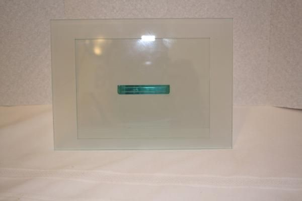 "Glass picture frame holds 4"" x 6"" pic measures approx: 5 3/4"" x 8 1/4"" x 2 3/4"" $8"
