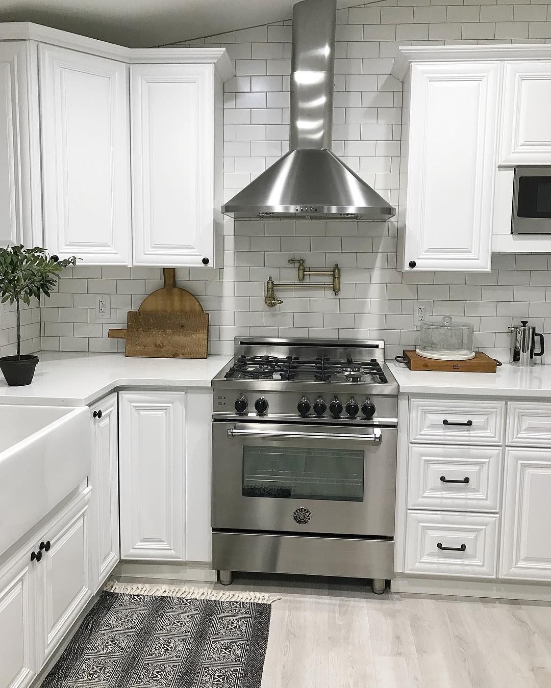 Pin By Crystal Sears On Decorating Kitchen Kitchen Remodel