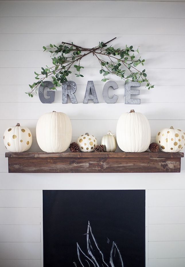 13 Halloween Mantels to Give You Serious Decor Inspo Shelves
