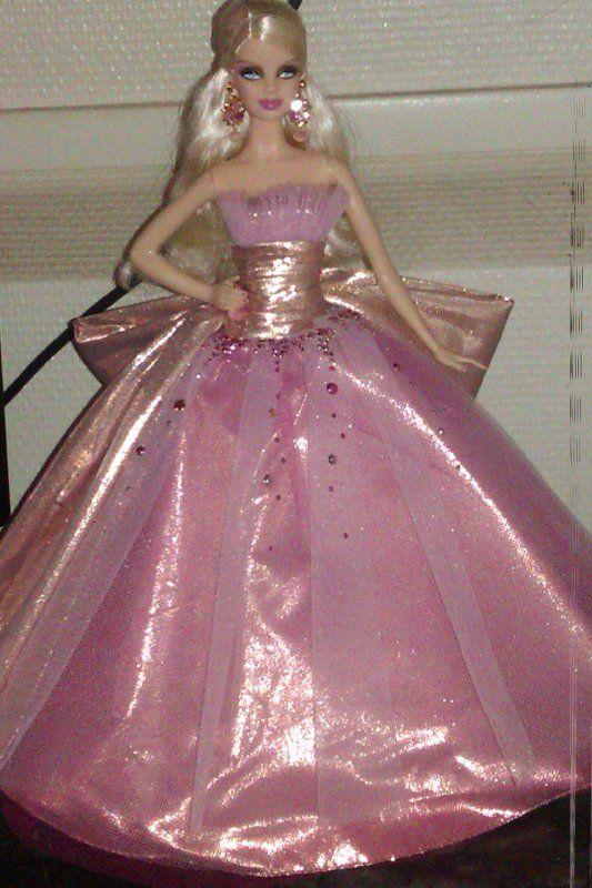 Barbie Noel 2009 barbie noel 2009   Recherche Google | Fashion, Dresses, Ball gowns